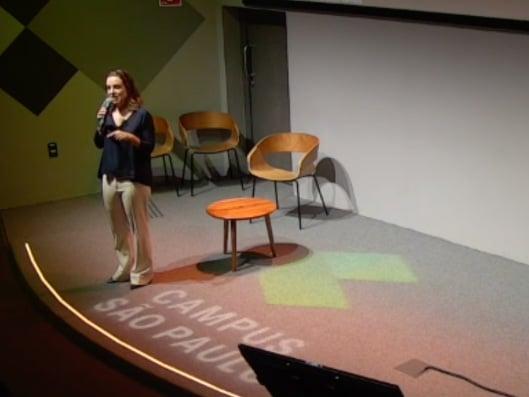 Imagem da palestrante Patricia Feliciano, sobre uma das 5 melhores palestras do HR4results