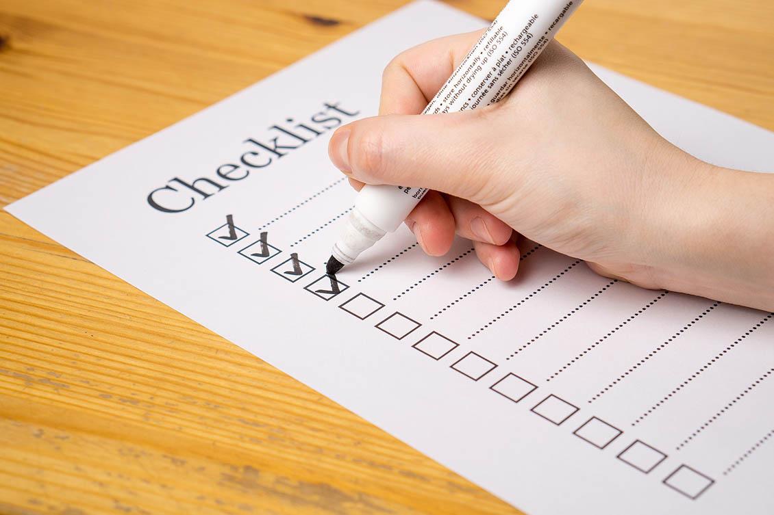 Checklist com 14 documentos para admissão de um funcionário