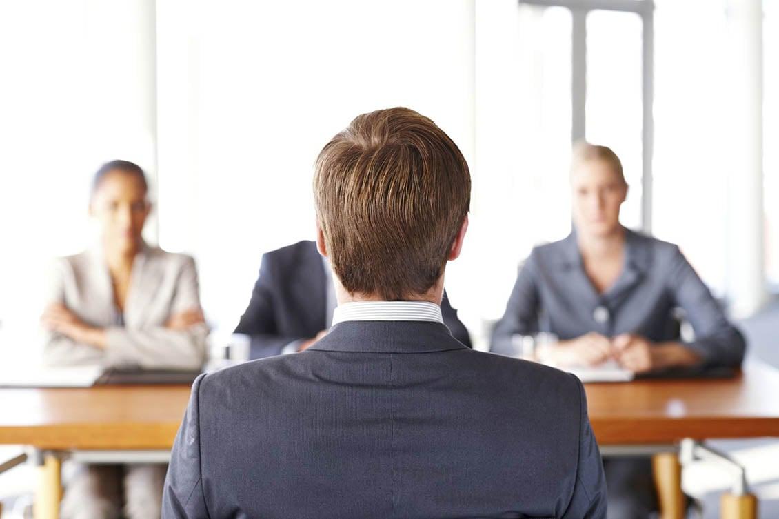 Como proceder ao recontratar ex-funcionários?