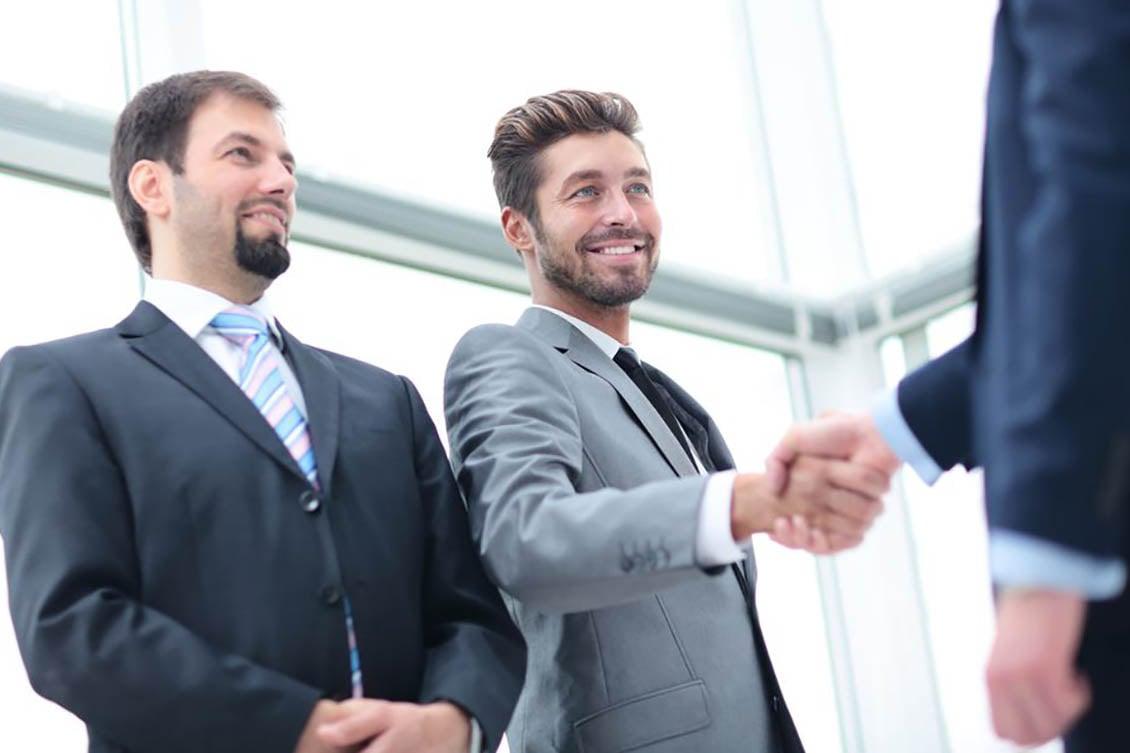 Conheça 5 dicas para contratar funcionários melhores mais rápido