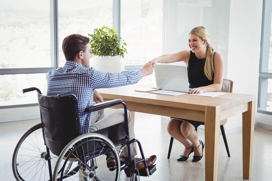 Entenda como funciona a lei de cotas para deficientes nas empresas