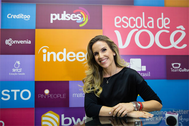 Imagem da apresentadora Mariana Ferrão, entrevistada da série ídolos do rh